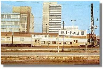 S-Bahn in Halle Saale  Foto Sammlung Zschage